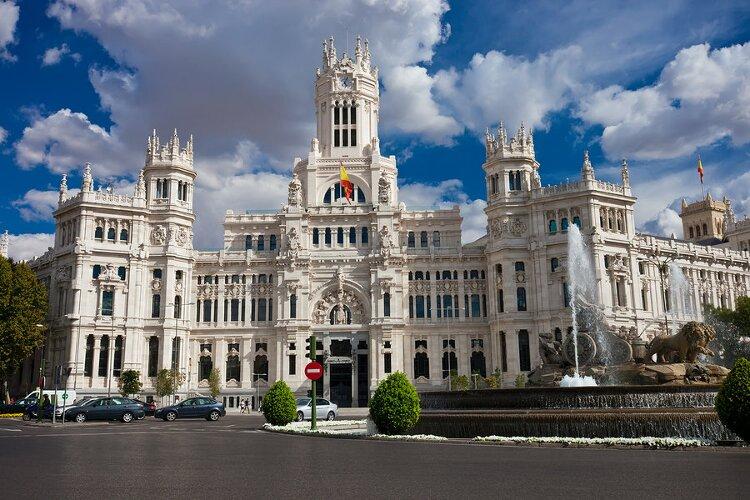 Piccolo Ufficio In Spagnolo : Seat ateca la prova de il fatto scende in campo il primo suv